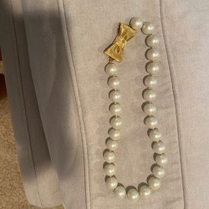 Kate Spade short Pearl Bow Necklace